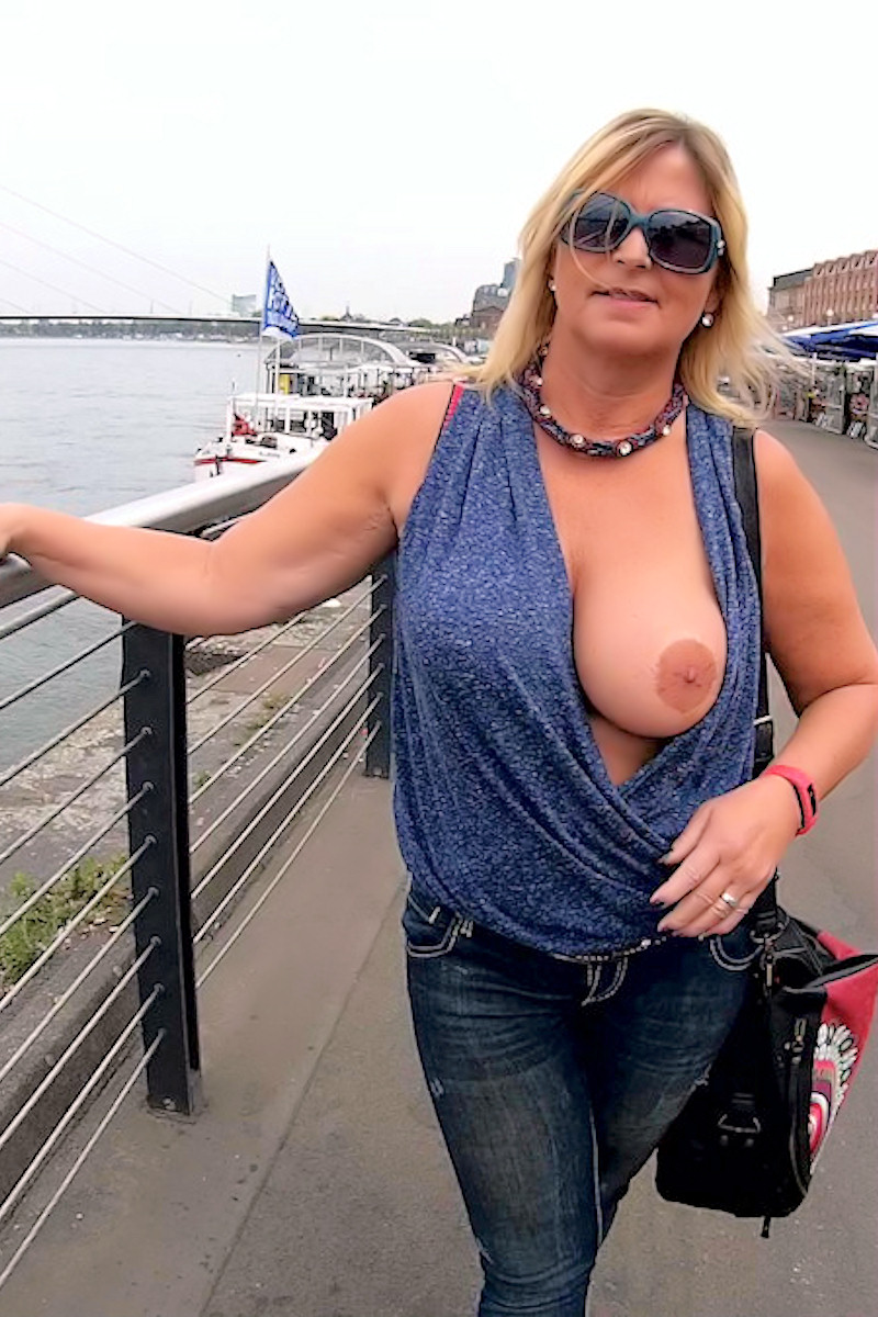 Flashing in Düsseldorf am Rhein