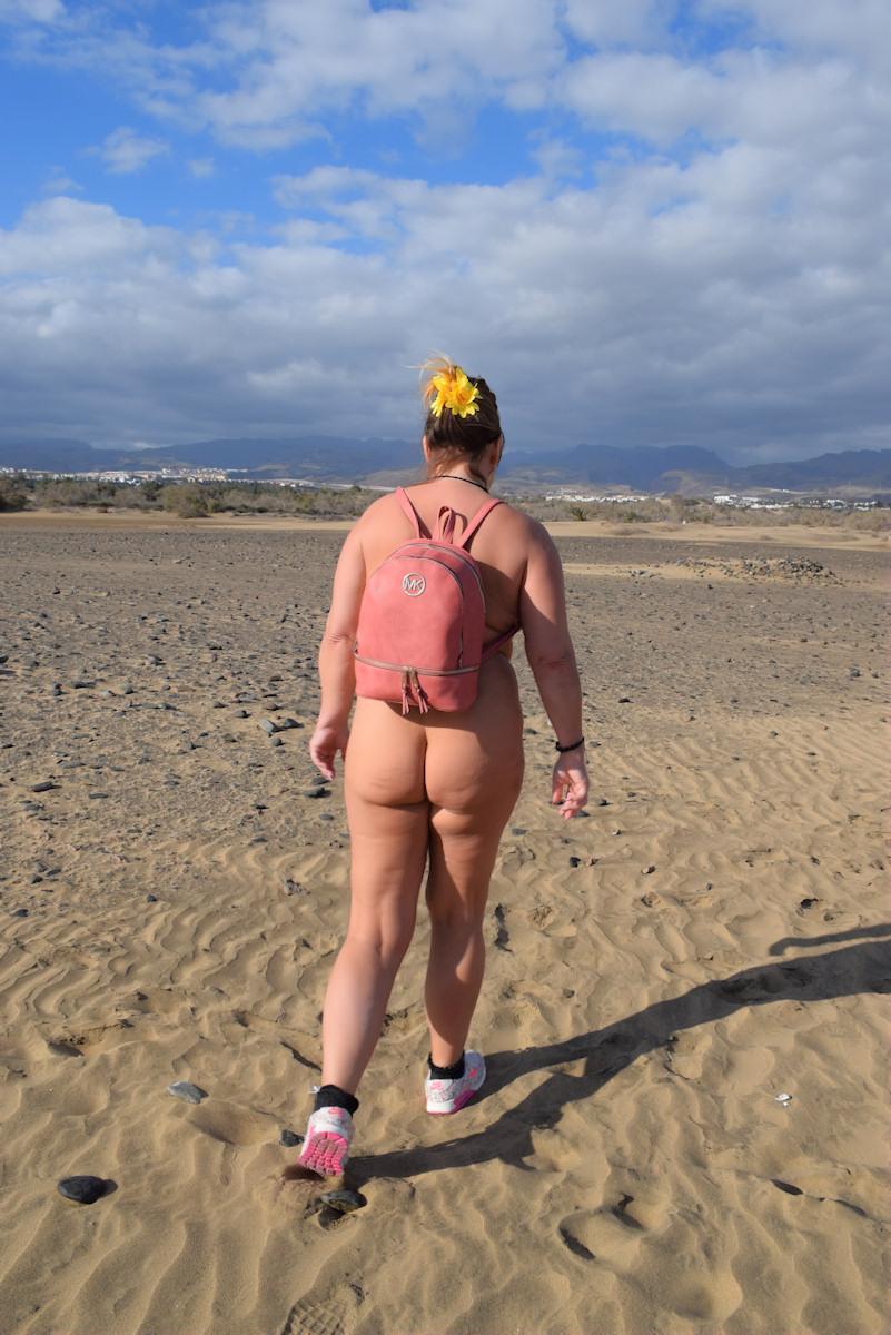 Nackt in den Dünen von Maspalomas