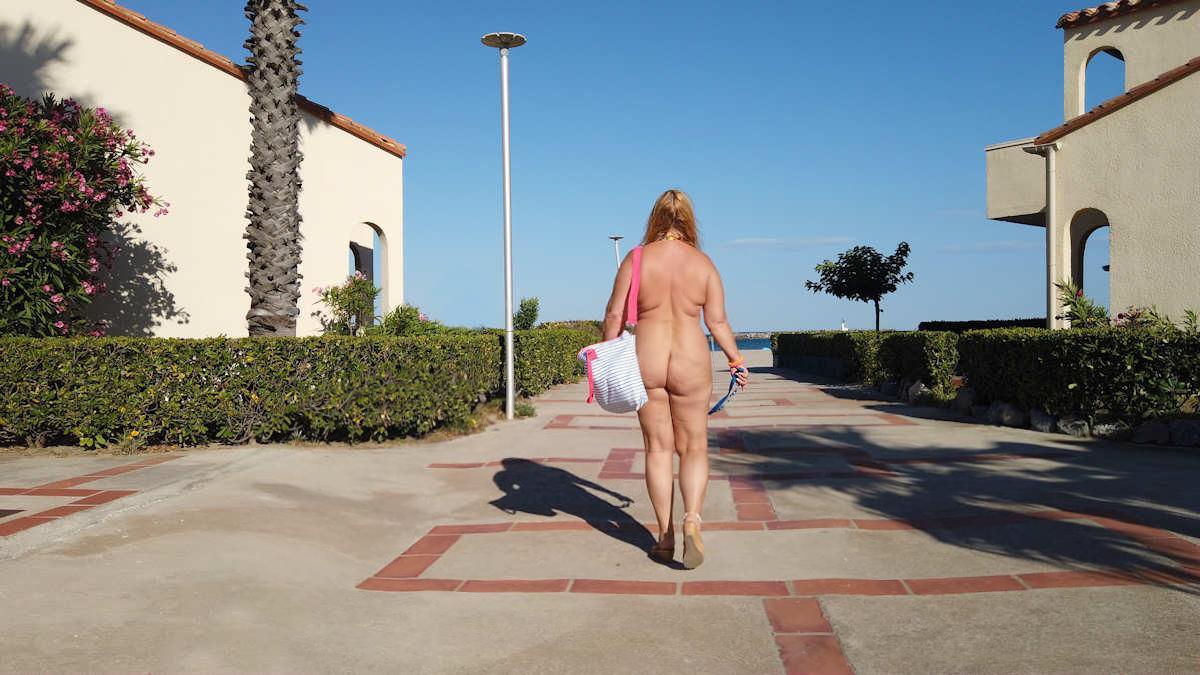 Ein nackter Corona-Sommer